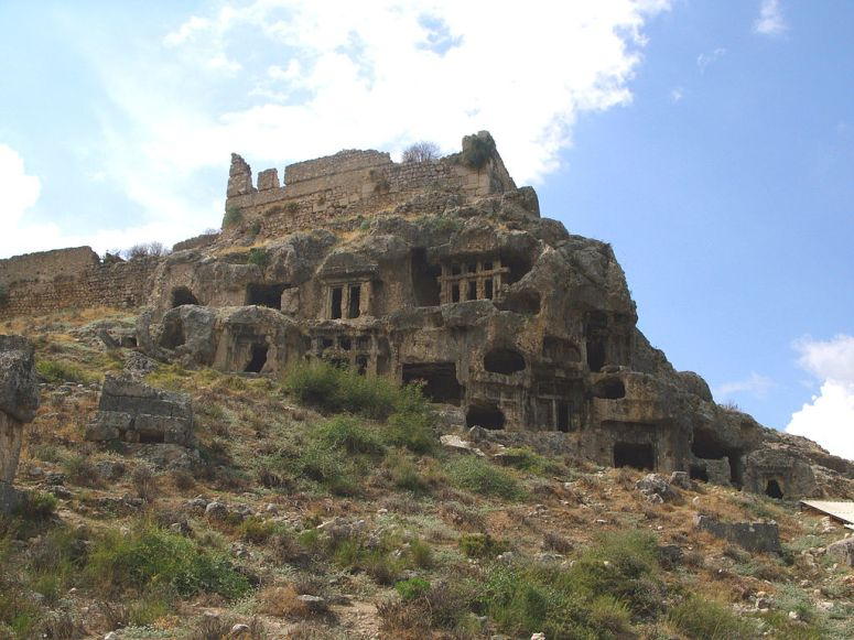 Tlos-tomb-ruins
