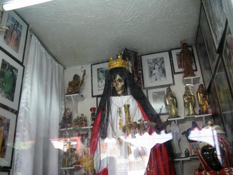 santa muerte header